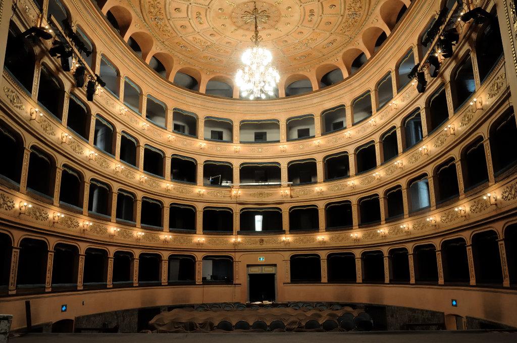 Lugo il teatro Rossini